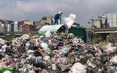 9.000 tấn rác chất đống trong nội thành Hà Nội