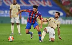 Được VAR 'cứu', Man Utd tiếp tục nuôi hy vọng vào top 4