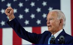 Ông Biden gọi luật an ninh Hong Kong là 'đòn chí tử', dọa trừng phạt nếu đắc cử