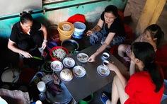 Bánh xèo cá kình, đặc sản vùng đầm phá xứ Huế