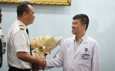 Bác sĩ Chợ Rẫy điều trị cho phi công người Anh đã có mặt tại Đà Nẵng