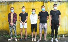Bắt 2 ôtô đang từ Lào Cai vào Nha Trang chở 10 người Trung Quốc nhập cảnh trái phép