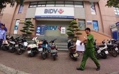 2 nghi phạm nổ súng cướp tiền tại chi nhánh Ngân hàng BIDV