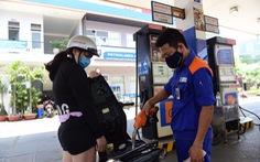 Chi quỹ bình ổn, giá xăng dầu tăng nhẹ