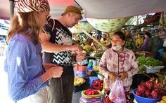 Nha Trang tiếp tục đón khách du lịch đồng thời với chống dịch