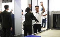 Ba hành khách bị cấm đi máy bay 1 năm