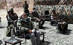Thủ tướng Ấn Độ bất ngờ tới biên giới, Trung Quốc lên tiếng dọa dẫm