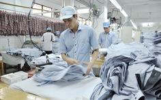 Doanh nghiệp ngành may lao đao trước quy định 'chạy' tiền nộp thuế trước
