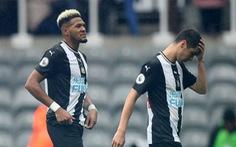 Đổi chủ bất thành, Newcastle 'vỡ mộng' làm đại gia giống Man City