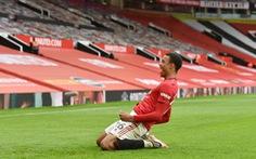 Tiền đạo 18 tuổi Greenwood tỏa sáng, Man Utd nhấn chìm Bournemouth