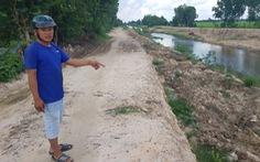 Chở bùn đất kênh đi nơi khác bị phạt 165 triệu