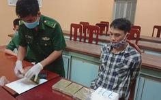 Bắt 2 nghi phạm nghi chuyển heroin và ma túy đá qua ngõ Campuchia