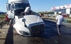 Xe tải đấu đầu xe container khiến 1 người chết, 2 người bị thương nặng
