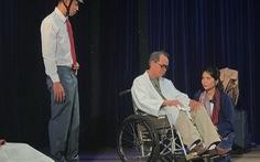 'Diễn viên hạng ba' của sân khấu Hồng Hạc: Tuổi nào cũng có vai diễn