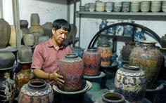 Choáng với kho đồ hàng trăm ngàn cổ vật của một người gốc Hà Nội sống ở Sài Gòn