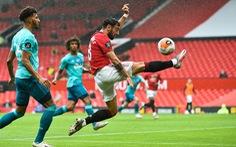 'Quỷ đỏ' thăng hoa băng băng vào top 4, có cơ hội giành Europa League và cúp FA