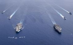 Hai tàu sân bay Mỹ vừa tập trận ở Biển Đông, vừa chống dịch COVID-19 ra sao?