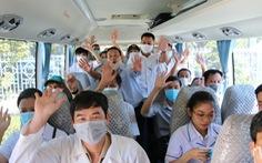 Bác sĩ Huế lên đường chi viện: 'Khi nào Đà Nẵng hết dịch, con lại về'