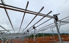 EVN kiến nghị gỡ hàng loạt vướng mắc cho điện mặt trời mái nhà