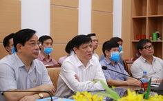 4 giáo sư đầu ngành vào Huế, Quảng Nam cứu bệnh nhân COVID-19 nặng