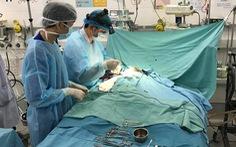 Lập phòng mổ di động, chạy ECMO cứu bé 3 tuổi bị viêm cơ tim tối cấp