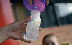 Hong Kong nói gì về 15 sản phẩm sữa công thức nghi chứa chất gây ung thư và suy thận?