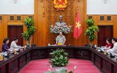 Thủ tướng: Không để đứt gãy nền kinh tế, tăng trưởng âm