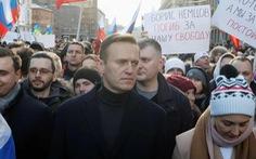 Chính trị gia đối lập ở Nga hôn mê sau khi uống trà, nghi trúng độc