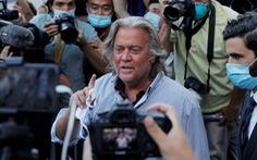 Cựu cố vấn ông Trump bị bắt khi đang ở trên du thuyền của tỉ phú Trung Quốc