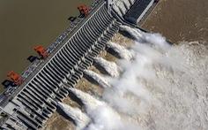 Nước ở đập Tam Hiệp vượt mức cảnh báo 20m, tiến gần mức tối đa