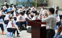 Dạy và học mùa COVID-19: sẽ hướng dẫn để nhà trường không bị động