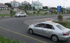 Đề xuất giảm thời hạn giấy phép lái xe còn 5 năm: Để quản lý tốt hơn sức khỏe lái xe?