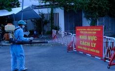 Quảng Ngãi phong tỏa 5 khu dân cư, 2 cơ sở y tế, truy vết F1, F2 liên quan COVID-19
