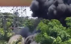 Cháy lớn tại bãi xe cũ ở huyện Bình Chánh