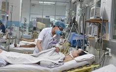 Viêm phổi ở bệnh nhân thở máy cao gấp 3-10 lần bệnh nhân không thở máy