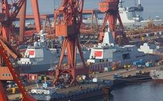 Cứ 50 ngày, Trung Quốc hạ thủy 1 tàu chiến to, còn phân bua 'đóng bù lúc xưa'