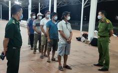 Phát hiện 6 người đi bộ dọc đường biển từ Đà Nẵng ra Huế trốn cách ly
