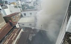 Cháy nhà trong hẻm nhỏ trung tâm TP.HCM, cả xóm bỏ chạy tán loạn