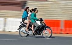Dự luật cấm phụ nữ váy ngắn, đàn ông cởi trần bị phản đối kịch liệt ở Campuchia