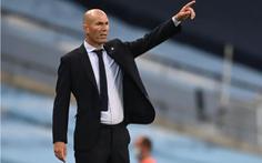 HLV Zinedine Zidane: 'Không việc gì phải trách móc Varane'