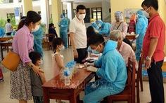 Hơn 700 du khách đăng ký về TP.HCM được lấy mẫu xét nghiệm COVID-19