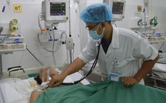 Cứu sống người bị ho ra máu sét đánh, tỉ lệ tử vong gần như 100%