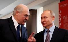 Tổng thống Belarus đến Nga, Putin cho vay 1,5 tỉ USD đối phó khủng hoảng