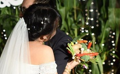 Đám cưới xanh: hoa, đồ trang trí làm từ... rau củ quả