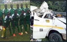 Xe buýt lao xuống sông, 8 cầu thủ trẻ Ghana tử vong