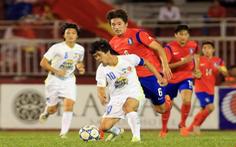 Ly sữa: người hùng thầm lặng của bóng đá Việt Nam