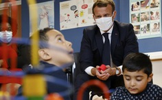 Pháp tăng thời gian nghỉ thai sản cho nam giới lên cả tháng