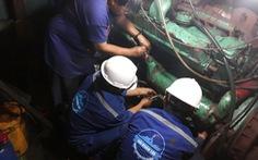 Sửa nhiều tàu cá cho ngư dân ở Trường Sa