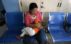 Nhóm nghiên cứu Trung Quốc: Sữa mẹ ngăn ngừa lây nhiễm COVID-19
