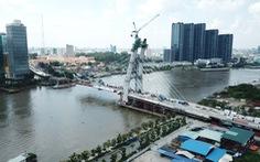 Cầu Thủ Thiêm 2 chơ vơ giữa sông Sài Gòn do vướng giải tỏa